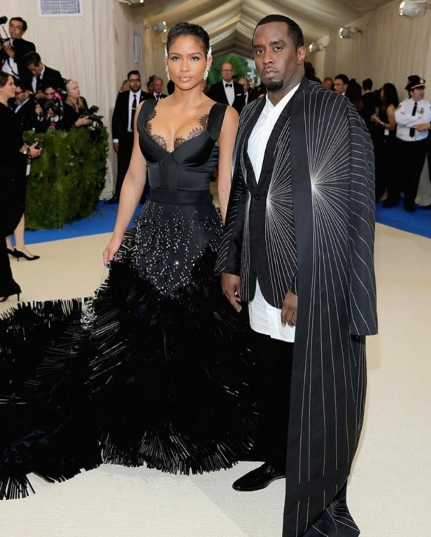 Cassie in Onauratoutvu and Diddy in Rick Owens
