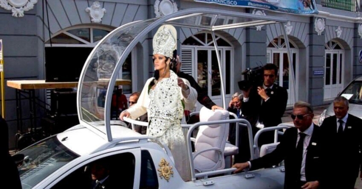 Met Gala 2018: A Red CarpetReview